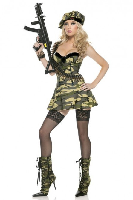 Сексапильные девушки в военной форме
