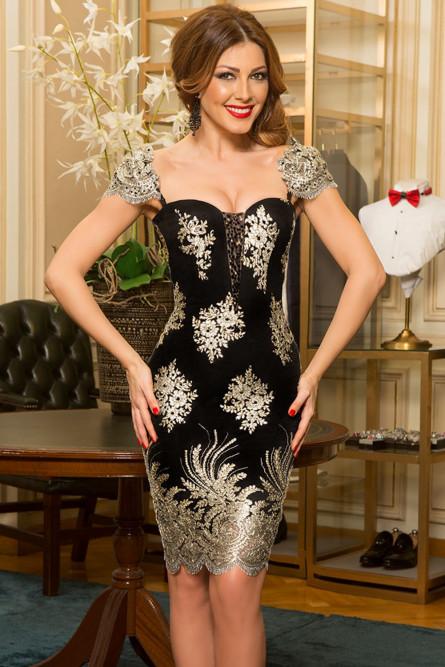 d3295eefb22f09 Черное платье с золотой вышивкой - купить на Vkostume.Ru, описание ...