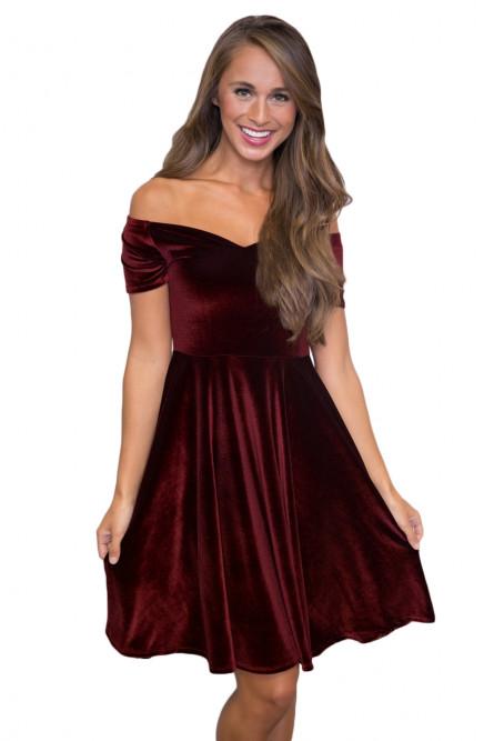 530b9017cf0 Бордовое бархатное платье - купить на Vkostume.Ru