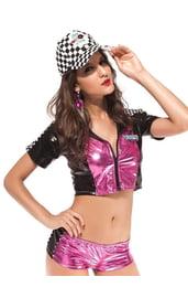 Чёрно-розовый костюм гонщицы