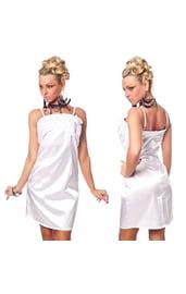 Белое платье с розочками