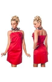 Красное платье с розочками