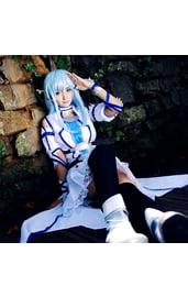Белый костюм Юки Асуна из аниме