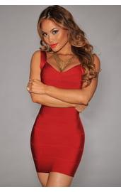 Красное вечернее платье