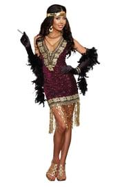 Золотистый костюм девушки из двадцатых
