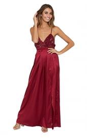 Бордовое платье в пол с блестками