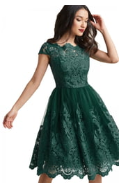 Изумрудное кружевное платье