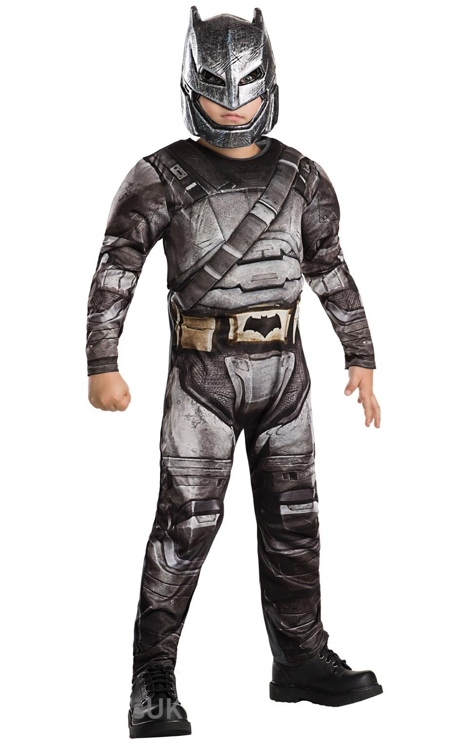 Детский костюм Бэтмена Бронированный Dlx (30-32) детский костюм озорного клоуна 34