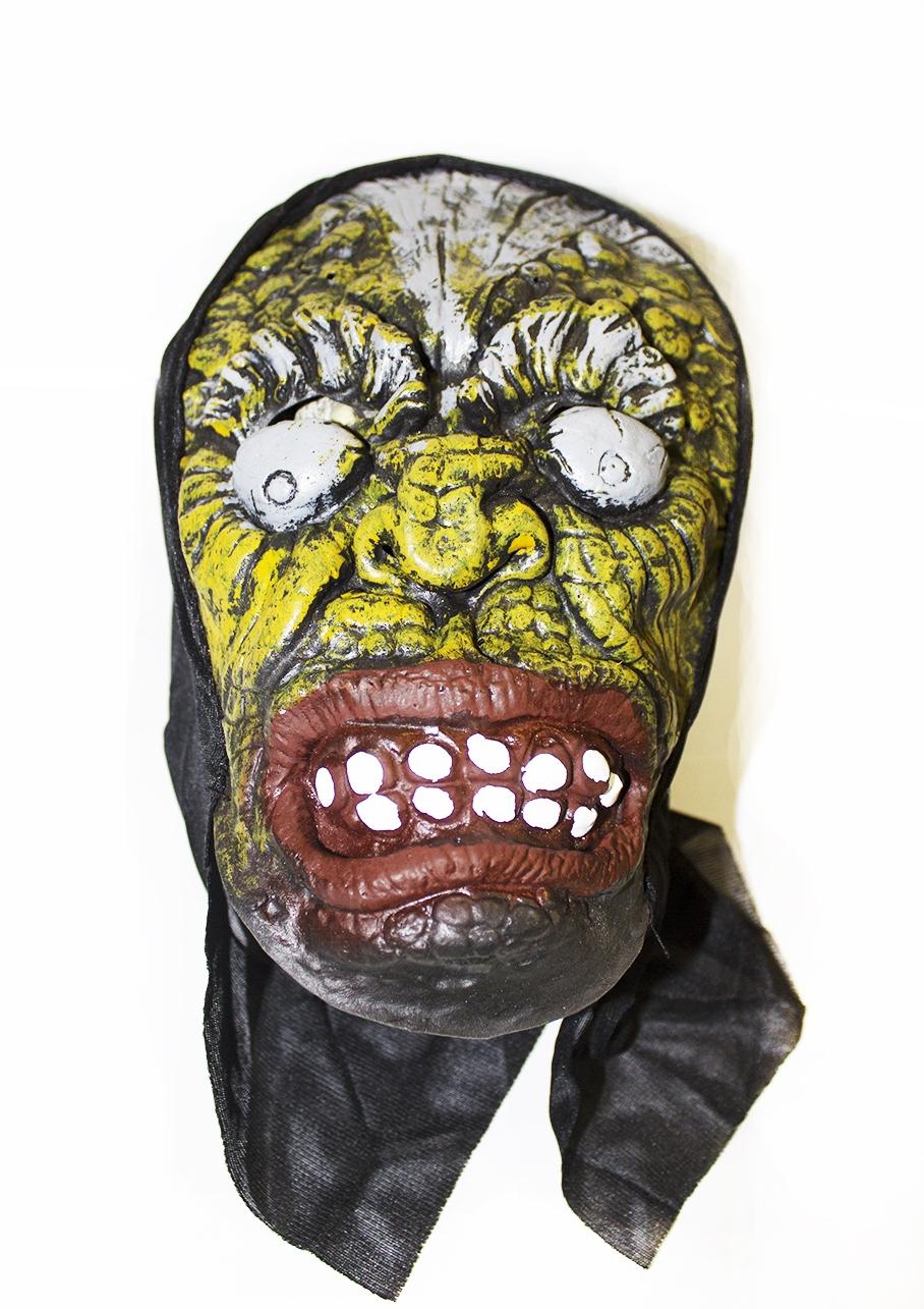 Латексная маска с выпученными глазами (UNI) плащ и маска штурмовик uni