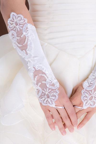 Атласные перчатки с вышивкой белые (UNI) - Перчатки и рукава