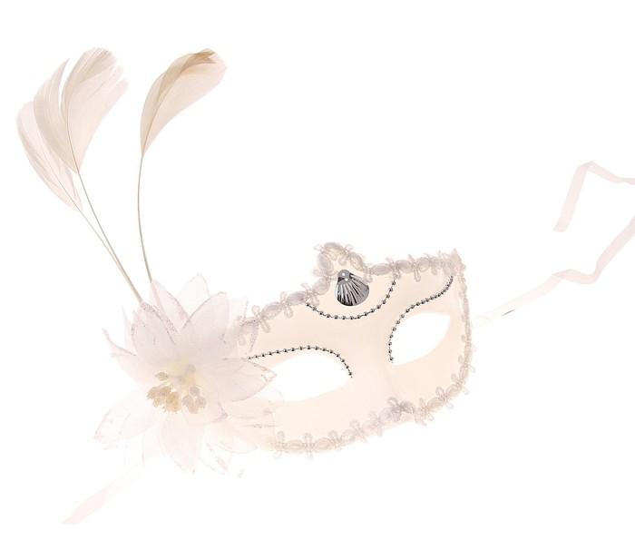 Белая маска с цветком (UNI) - Карнавальные маски