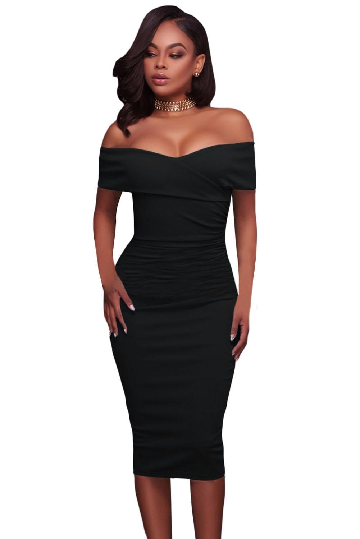 Черное платье с глубоким декольте (40-42) элегантное черное платье где
