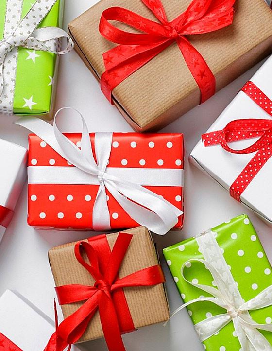 Покупайте товары и получайте подарки